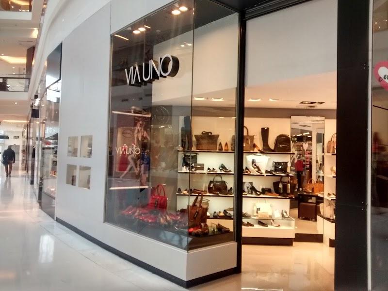 Via Uno reinaugura no Shopping San Pelegrino