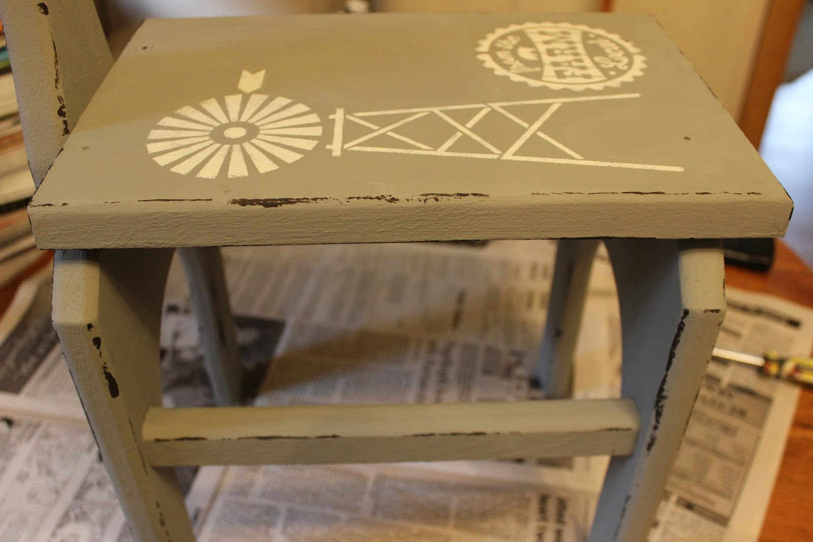 Rummage Sale Stool Farmhouse Upcycle with Paint & Stencils ...