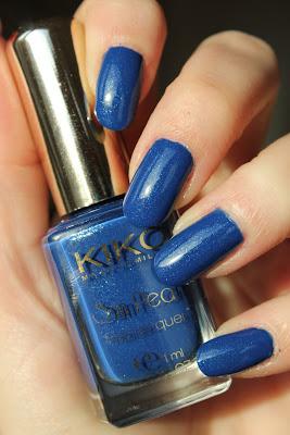 http://lacquediction.blogspot.de/2014/01/kiko-sun-pearl-429-blue-spot.html