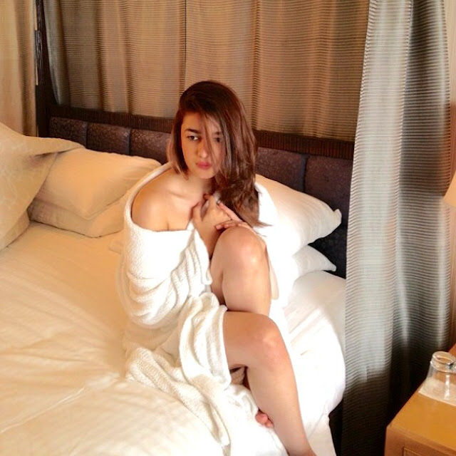 Alia Bhatt Hot Post