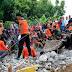 Ξεπέρασαν τους 100 οι νεκροί από το φονικό σεισμό στην Ινδονησία (video+photo)