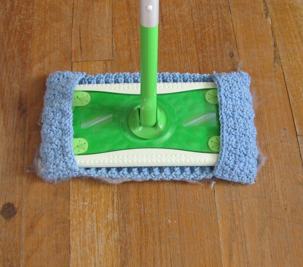 Alamosa Quilter Crocheted Floor Duster Cloth