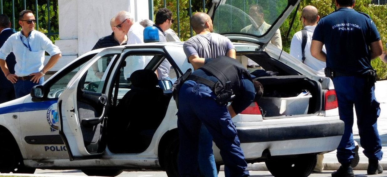Πυρά Μητσοτάκη σε Βούτση: Αδιανόητη η παρέμβασή σου για τον «Ρουβίκωνα»