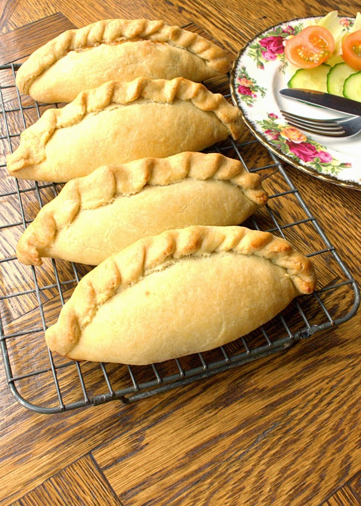 how to make cheese and onion pasties with puff pastry