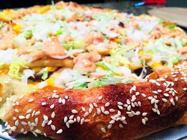 Wie man eine Big Mac Pizza selbst macht | FoodPr0n DIY - Webtipp