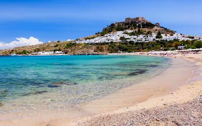 spiaggia-di-lindos-poracciinviaggio