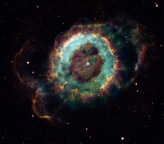 NGC 6369: Tinh vân Tiểu Quỷ. Hình ảnh: Hubble Heritage Team, NASA.