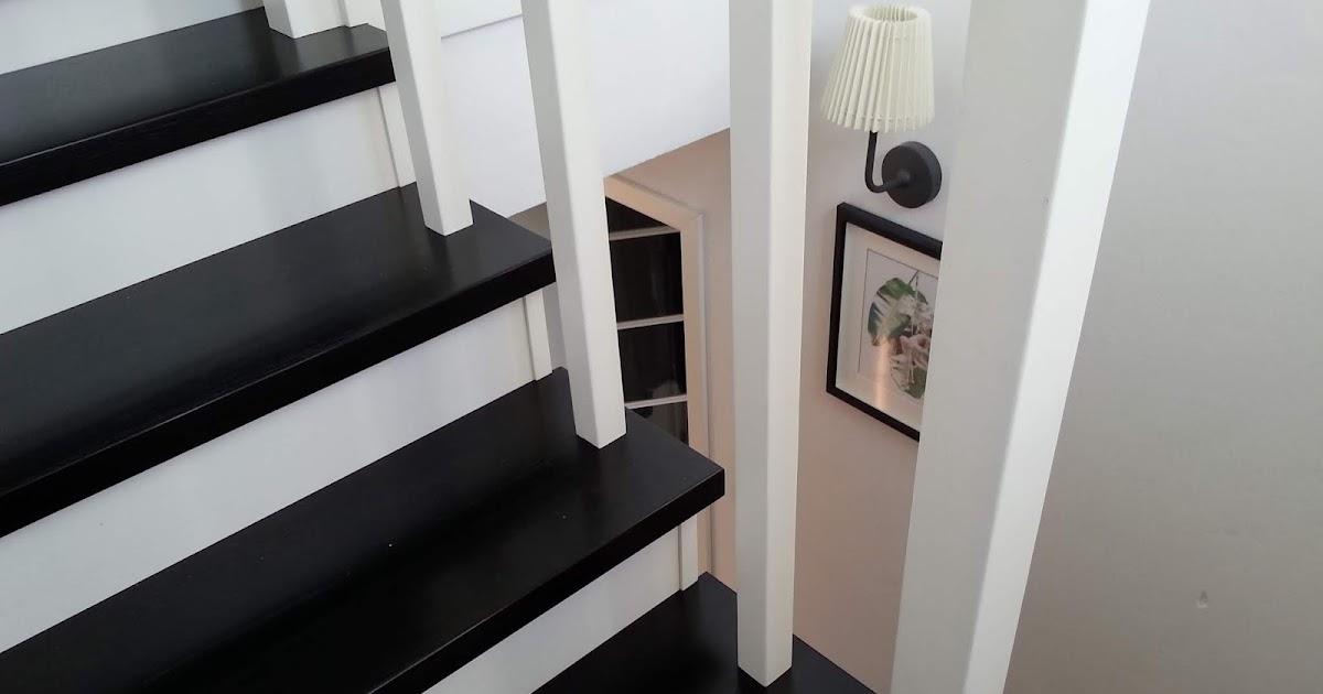 Biało Czarne Schody U Siebie W Domu