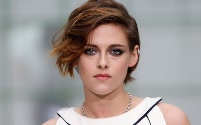 Kristen Stewart aparece topless en su próxima película