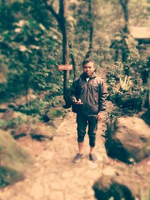 Curug_ngumpet_gunung_salak_endah