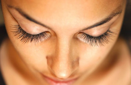 Eyelash Extensions | How To Apply Eyeliner