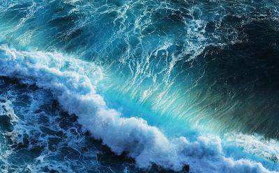 صور امواج المحيط