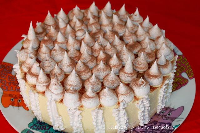 Tarta mousse de vainilla con centro de chocolate. Julia y sus recetas