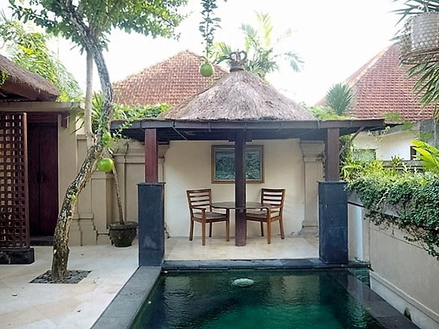 ubud village resort pool bali