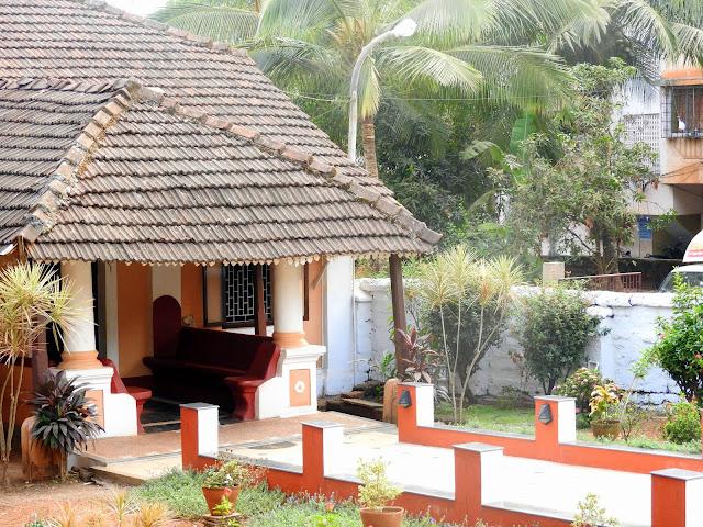 Houses like these #SoMuchLove | Goa, India (February 2016)