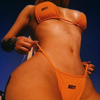Iggy azalea bikini bod photos