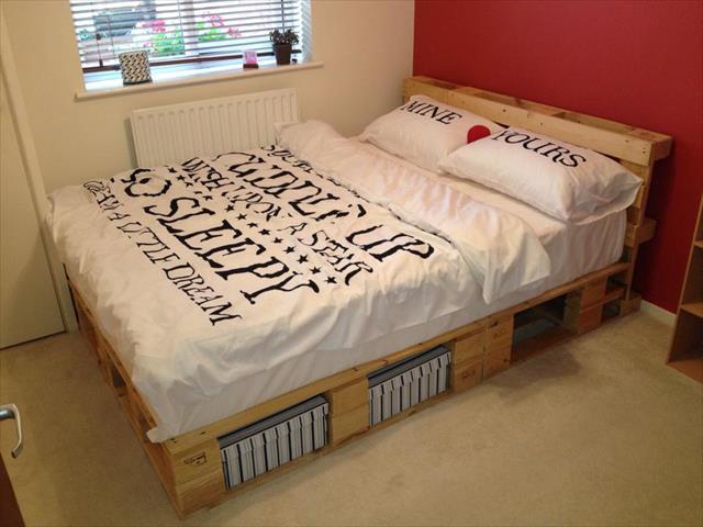 d corer votre chambre avec des lits et meubles de rangements en palettes photos du net id es. Black Bedroom Furniture Sets. Home Design Ideas
