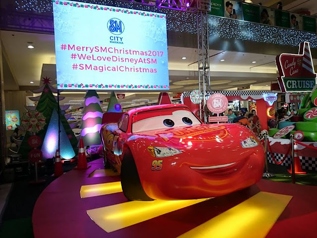Lightning McQueen Speeding to Christmas Fun at SM City Marikina