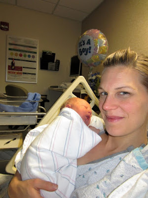 My Natural Hospital VBAC after Placenta Previa -- From the moment my fifth child was born via C-section due to placenta previa, I knew that if we had a sixth child I wanted to try for a VBAC (vaginal birth after cesarean.) Here's the story of my successful drug-free hospital VBAC.  {posted @ Unremarkable Files}