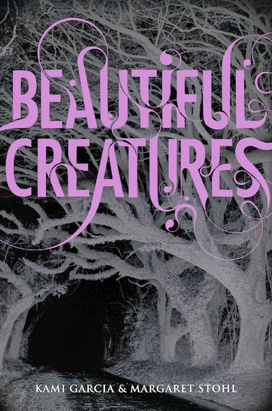 Beautiful Creatures a magical dark book by Kami Garcia and Margaret Stohl