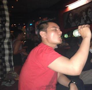Cecen Core di 18 Hrs Cafe, Bandung