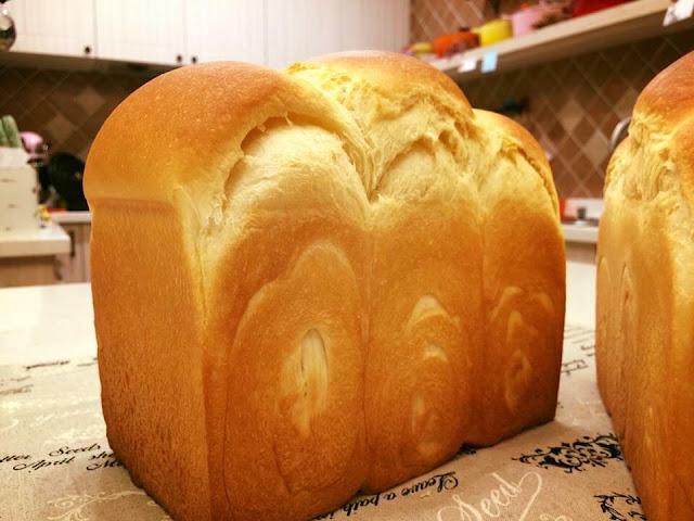 酸奶油吐司/ 吐司烘焙基礎/ 低溫水解麵糰-sour-cream-toast14