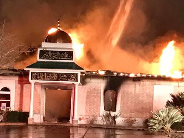 Belum Sepekan Donald Trump Jadi Presiden, Sebuah Masjid di Texas Habis Terbakar