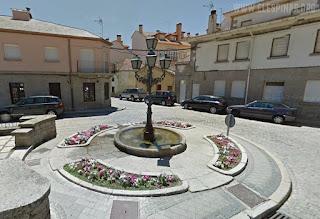 Fuente del Altozano, antes en la Corredera