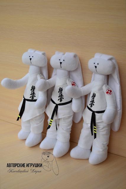 Заяц карате, игрушка заяц  карате,  Игрушки ручной работы, игрушки купить киев, ручная работа Киев, авторские зайцы, зайчики, авторские зайцы, подарок на день рождения, заяц ручной работы, игрушка заяц ручной работы, Hand-made игрушки киев.