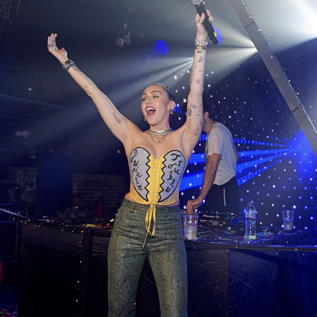 Miley Cyrus – Performs Live at G-A-Y Night Club in London