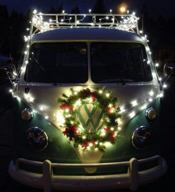 20 diy christmas car decorations do it yourself ideas and projects. Black Bedroom Furniture Sets. Home Design Ideas