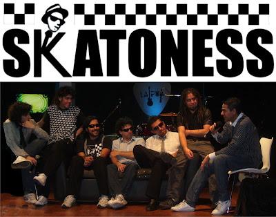 SKATONESS - 10 años (2000)