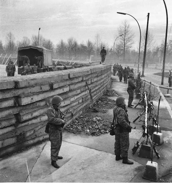 Berlin Wall Brandenburg Gate