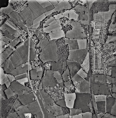Aerial photograph of Brookans Park, Hawkshead Lane, Water End and North Mymms Park taken in the 1960s Image from the NMLHS part of the Peter Miller collection