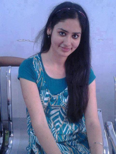 Happy Raikoti  Tamil Nadu College Girls Mulai Pundai Photo-7151
