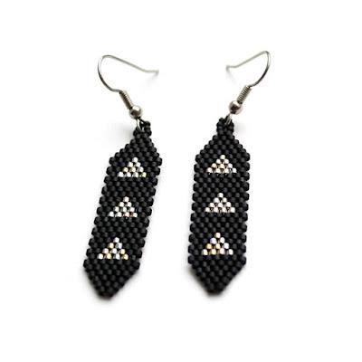 купить серьги черные из бисера купить модные серьги в черном цвете 2017