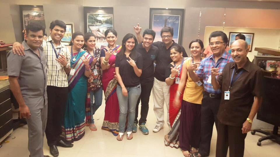 'Ka Re Durava' Serial Last Episode shoot on set