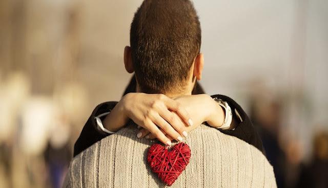 7 Hal Ini Akan Terjadi Pada Tubuh Kita Saat Jatuh Cinta