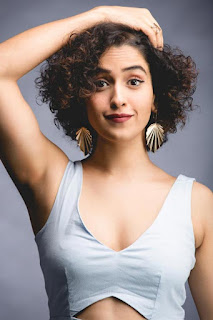 ‪Sanya Malhotra‬ Hot Photos | ‪Badhaai Ho‬‬ Movie 2018