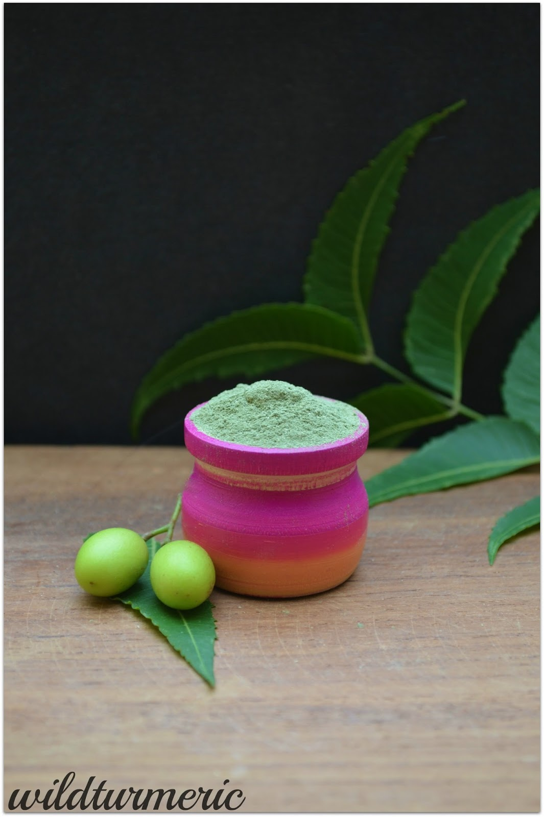 10 Top Skin, Hair & Health Benefits & Uses Of Neem Powder