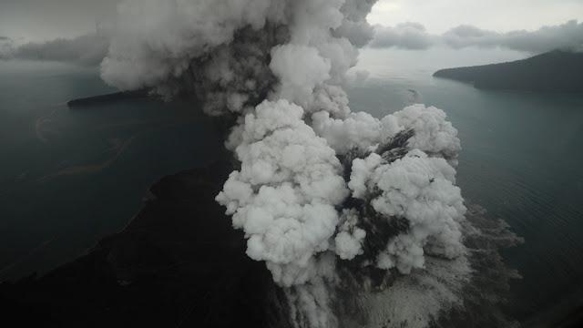 BMKG Keluarkan Peringatan Potensi Tsunami Susulan