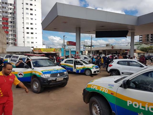 """Suspeitos fogem da Polícia em alta velocidade e são """"caçados"""" por dezenas de viaturas e helicóptero em Rondônia"""