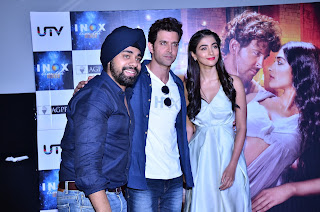 Hrithik Roshan and Pooja Hegde enthralled their fans at INOX