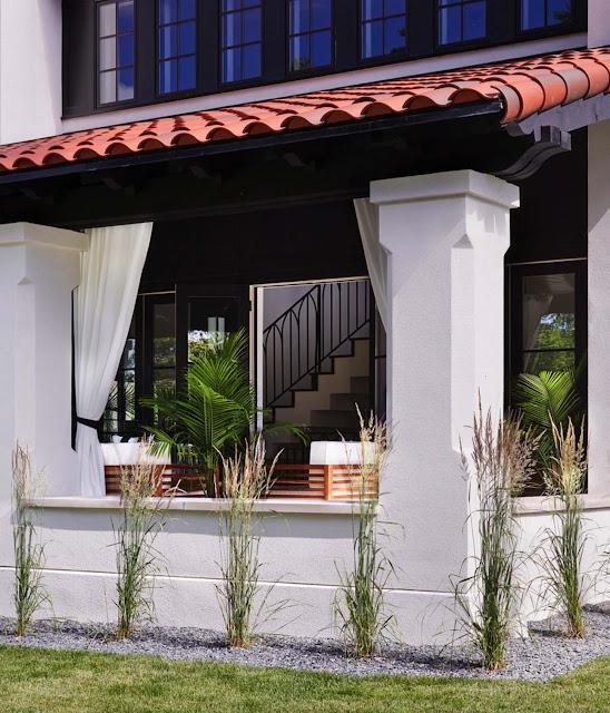 Дизайн-проекты. Современный средиземноморский дом с видом на реку Миссисипи