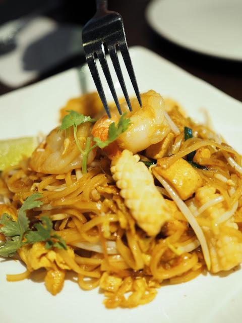 GREAThai Phat Thai seafood