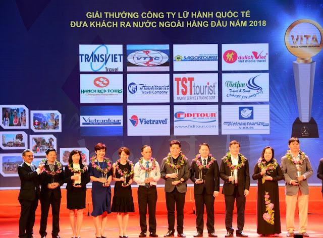 """TST Tourist tiếp tục đạt """"Top 10 doanh nghiệp lữ hành Việt Nam"""""""