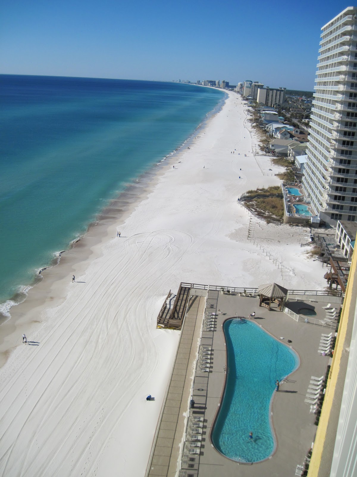 Discounted Luxury Gulf-Front Vacation Rental Condo In
