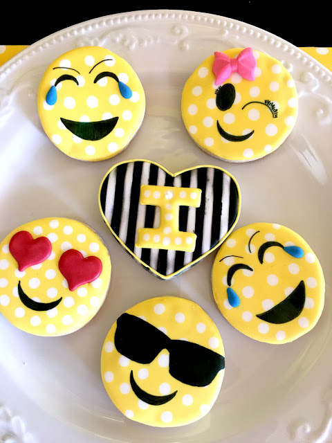 Emoji Themed Birthday Party Cookies via Pretty My Party