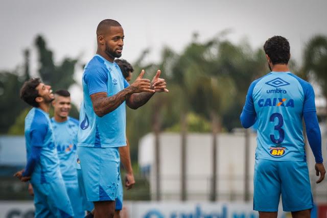 5c54fa289c O meia Arrascaeta tem uma proposta para sair do Cruzeiro. Fontes ligadas ao  uruguaio afirmam que a oferta vem do Flamengo.