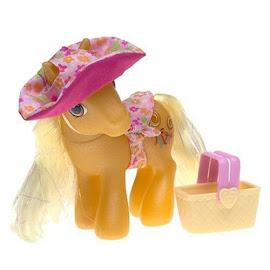 My Little Pony Butterscotch Pretty Pony Fashions Berry Pickin